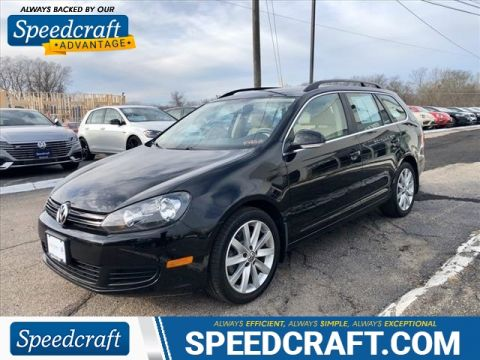 Certified Pre-Owned 2013 Volkswagen Jetta SportWagen TDI With Navigation
